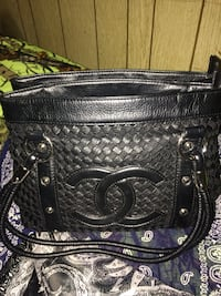 black leather 2-way bag 3139 km
