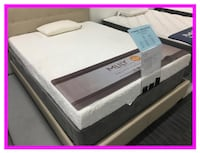 Brand New, still in plastic, Queen Memory Foam Set Charleston