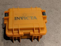 Invicta 3 slot watch case