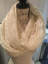 H&M white infinity scarf one size  Oakville, L6H 1Y4