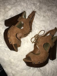 pair of brown leather open-toe heeled sandals Rohnert Park, 94928