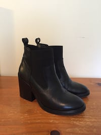 Topshop Ankle Boots Sz 37 (Made in Spain) North Vancouver, V7K