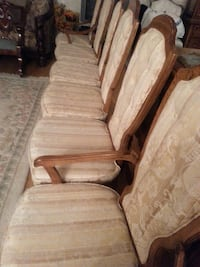 6 SOLID OAK  UPHOLSTERED DINING CHAIRS 539 km
