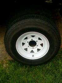white 5-spoke car wheel with tire Youngstown, 44505