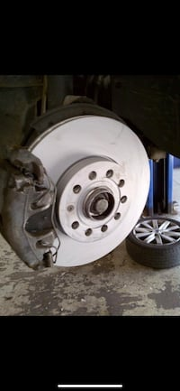 Brake services: discount on premium parts Toronto, M9M