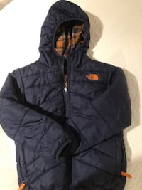 North Face Kids/Boys Down Jacket - Reversible Size 7/8  RESTON
