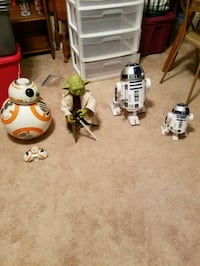 Star Wars BB-8, Master Yoda, and two R2-D2 toys Stockbridge