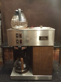 Commercial Bunn coffee brewer machine