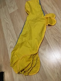 Doggie Raincoat, collapses into bag, attaches to collar Toronto, M9W 1X4