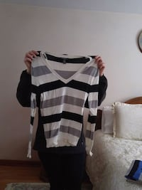 black, white, and gray striped V-neck long-sleeved shirt Toronto, M3N 1E4