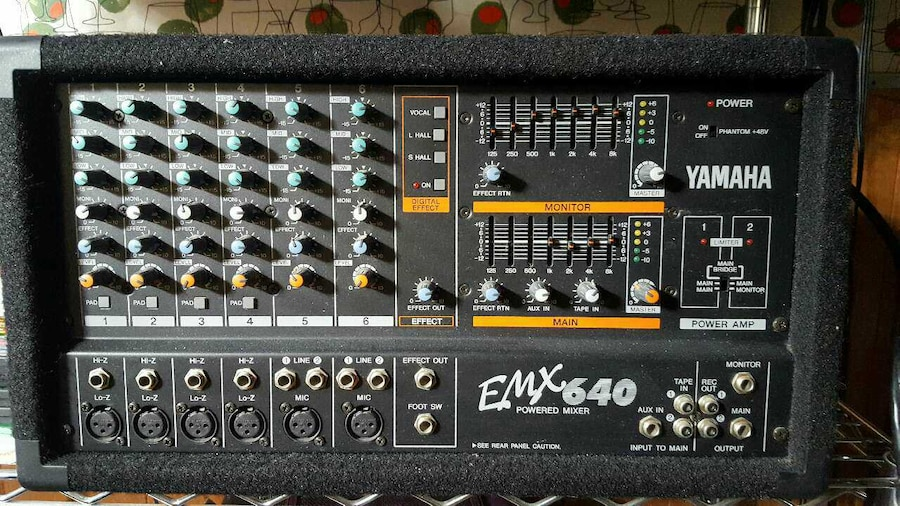 Yamaha emx640 power amp mixer in taylor letgo for Yamaha power amp mixer