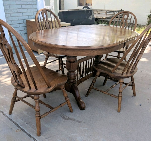 Used Cochrane Furniture Farmhouse 5 Piece Dining Set For In