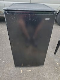 Kenmore small refrigerator with freezer