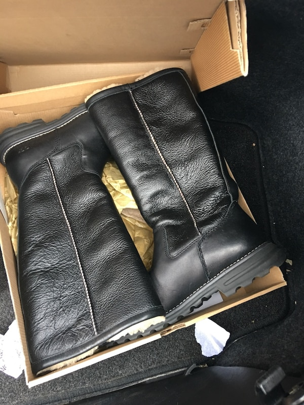 black leather ugg boots with box