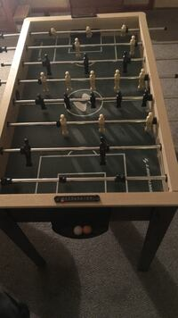 Used Red And Black Foosball Table For Sale In Mount Lebanon Letgo - Highland games foosball table