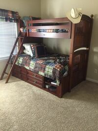 Twin/full wooden bunk beds with dresser