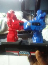 blue and red boxing robot toy Miami Gardens, 33056
