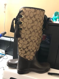 Coach rain boots size 7 New York, 11357