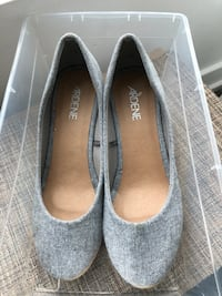 pair of gray suede flats Toronto, M2K 0B7