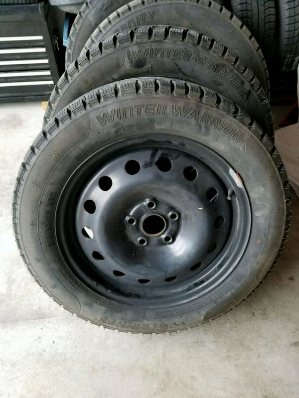Used Tires Oshawa >> Winter Tires And Rims Mint Condition