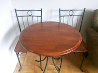Bistro table Set - MUST GO!  537 km