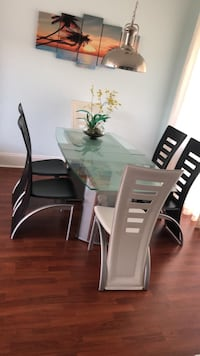 rectangular glass top table with six chairs dining set Tampa, 33635