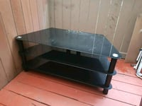 Glass TV stand  Tacoma, 98409