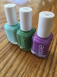 Essie nail polishes (3) New Tecumseth, L9R
