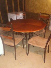 Table and 4 chairs Yucaipa