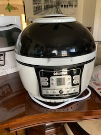 GOURMIA AIR FRYER, ALMOST NEW! New Windsor, 21776