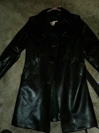 Black leather trench coat  Surrey, V3W