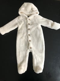 Baby Gap Ivory Sherpa Bunting/One Piece (6-12months) Oakville, L6H 0E1