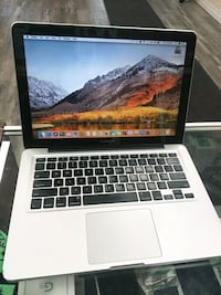 Macbook Pro .. For Beginners Mississauga, L5M 2G6
