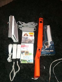 Wii System With Controllers & Game Cub Controllers Only