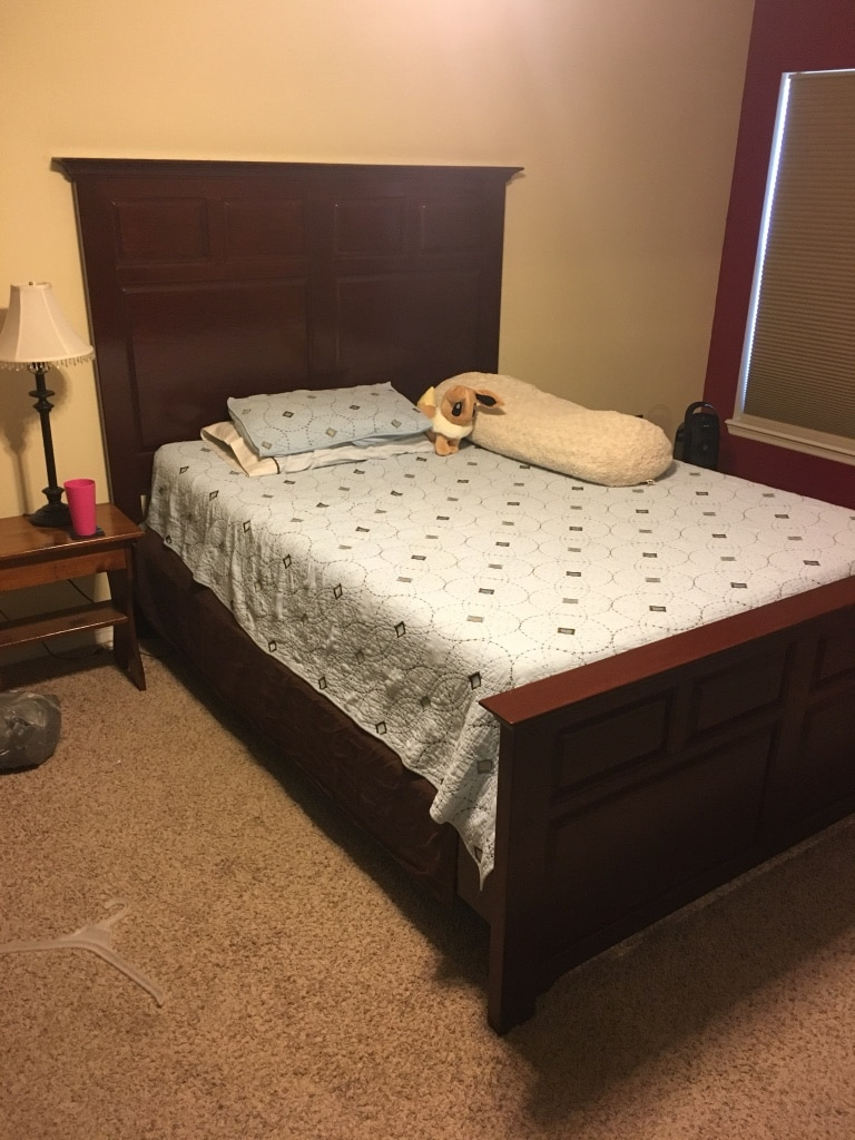 letgo Queen size bed frame ma in Melbourne Village FL