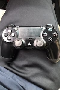 Game console controller for PlayStation 4 negotiable comes with usb New York, 10452