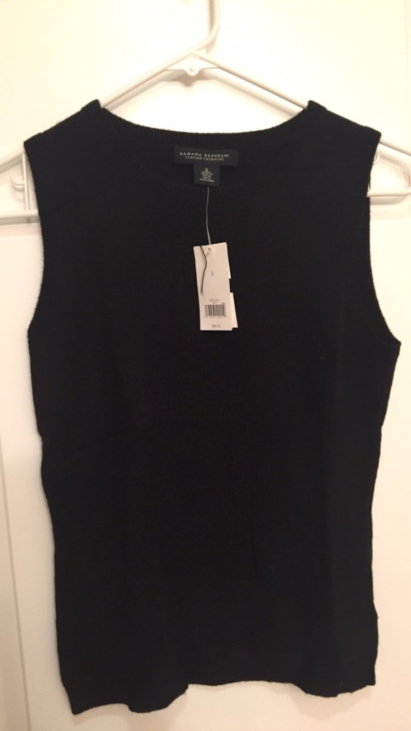 575be79ff47 Used banana republic cashmere sweater NWT for sale in Millbrae - letgo