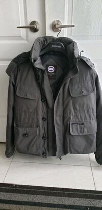 Canada Goose coat for male Large size Toronto, M2N 2Z4