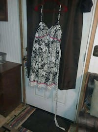 Cute size 20 dress  Mount Airy, 21771