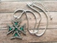 BRAND NEW Emerald Green Cross Pendant & Snake Chai Louisville, 40216