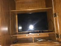 brown wooden tv stand Columbia, 21045