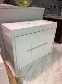"42"" Modern Single Sink Bathroom Vanity Cabinet In White With Acrylic Top Fairfax, 22031"