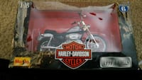 1999 black and gray Harley-Davidson motorcycle die-cast scale model pack