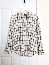 F21 women's flannel shirt size medium- Brand New with tags Mississauga, L5M 0C5