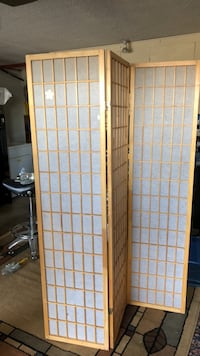 Japanese Sochi Screen  2 available both for $40!! 2271 mi