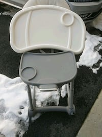 High chair Forestville, 20747