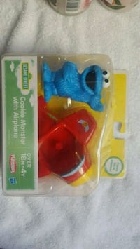 Playskool Sesame Street Cookie Monster with Airpla Minersville, 17954