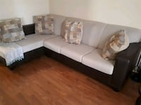 Sectional Sofa  Mississauga, L5N 6L2