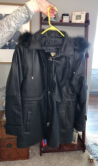 Women's Leather Jacket Size M.  Only worn once. Like new! Wheaton, 60189