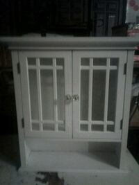 Wall or counter cabinets 3 left 513 mi